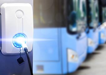 精英電腦結盟電動巴士國家隊 打造綠能環境